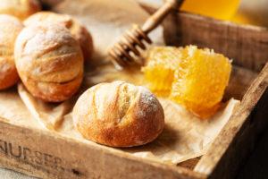 冷凍パン パンド ハニーソイ ヒルナンデス